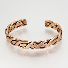 Load image into Gallery viewer, Solid Copper Bracelet - Men's Twisted Wire - UrbanroseNYC
