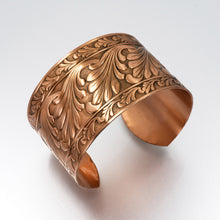 Load image into Gallery viewer, Solid Copper Cuff - Scroll Design - UrbanroseNYC