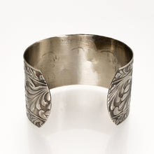 Load image into Gallery viewer, Solid Nickel Cuff - Scroll Design - UrbanroseNYC