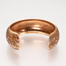 Load image into Gallery viewer, Solid Copper Domed Cuff - Daisy Design - UrbanroseNYC