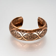 Load image into Gallery viewer, Solid Copper Domed Cuff - Interlocking Floral Design - UrbanroseNYC