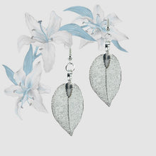 Load image into Gallery viewer, Mini Real Leaf Earrings - Silver - UrbanroseNYC