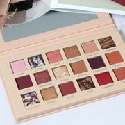 18-color eyeshadow pallete - showemakeup