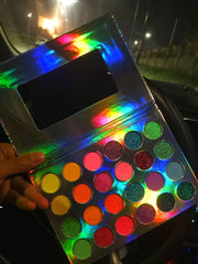 24 Color Luminous Eyeshadow Palette - showemakeup