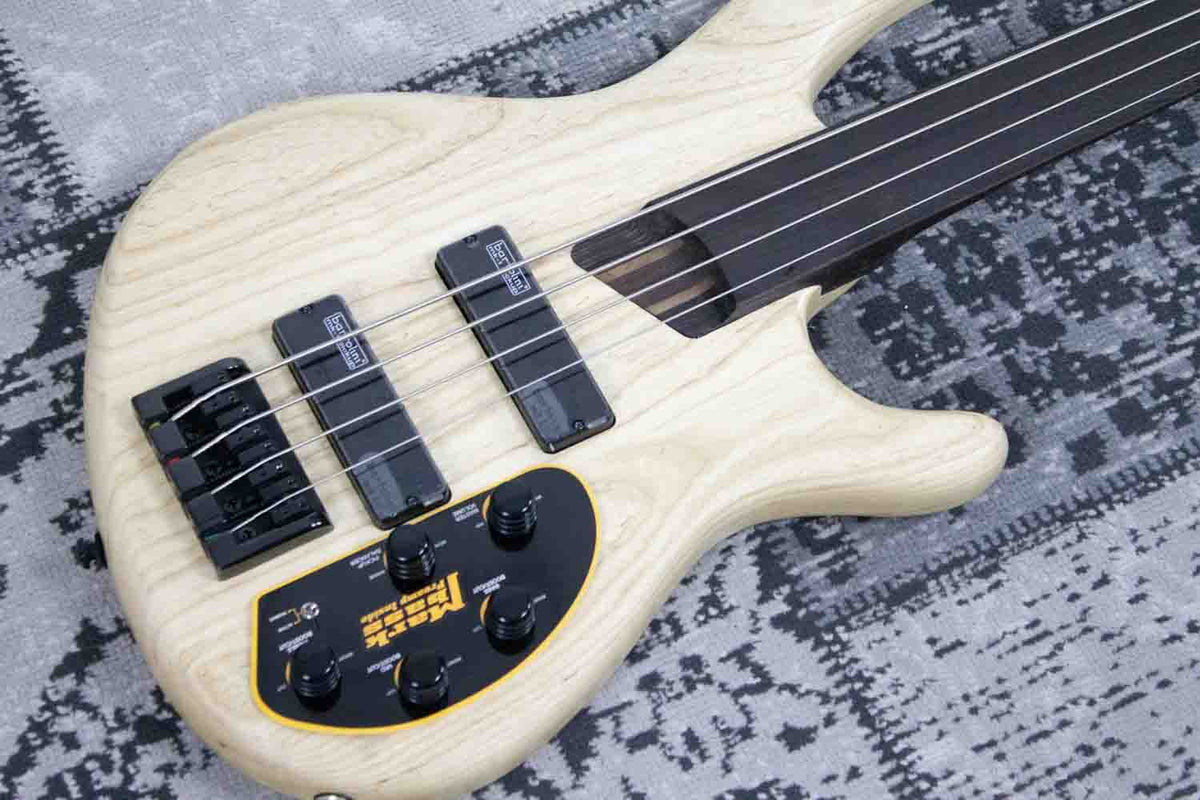 Cort B4FL Plus AS  - Basgitaar Fretless Natural (5398714122404)