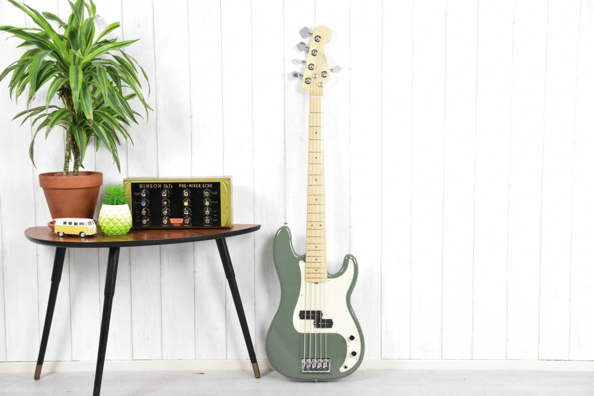 Fender American Professional Precision Bass V Antique Olive MN
