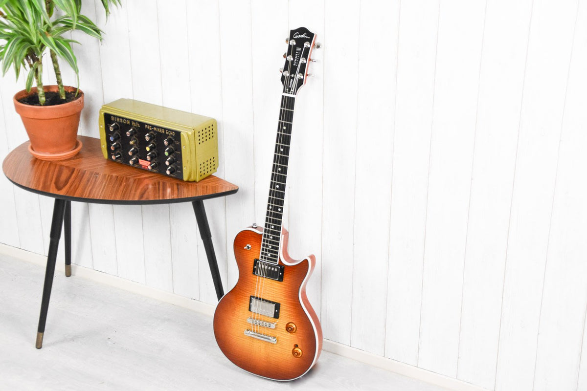Godin Summit Classic LTD Cognac Burst Flame w/ Bare Knuckle