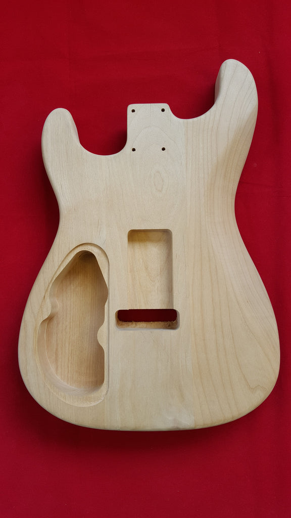 Replacement body for Strat® - No finish - Rear rout - Quilted maple top