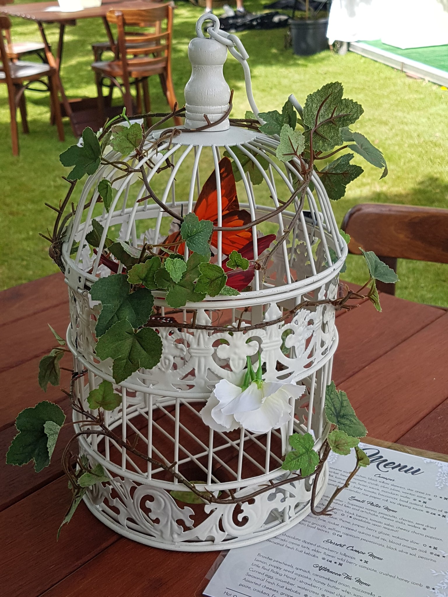 Bird Cage antique white metal Large - Wellington Wedding Hire