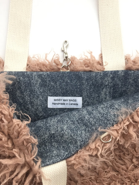 Dusty pink faux fur tote