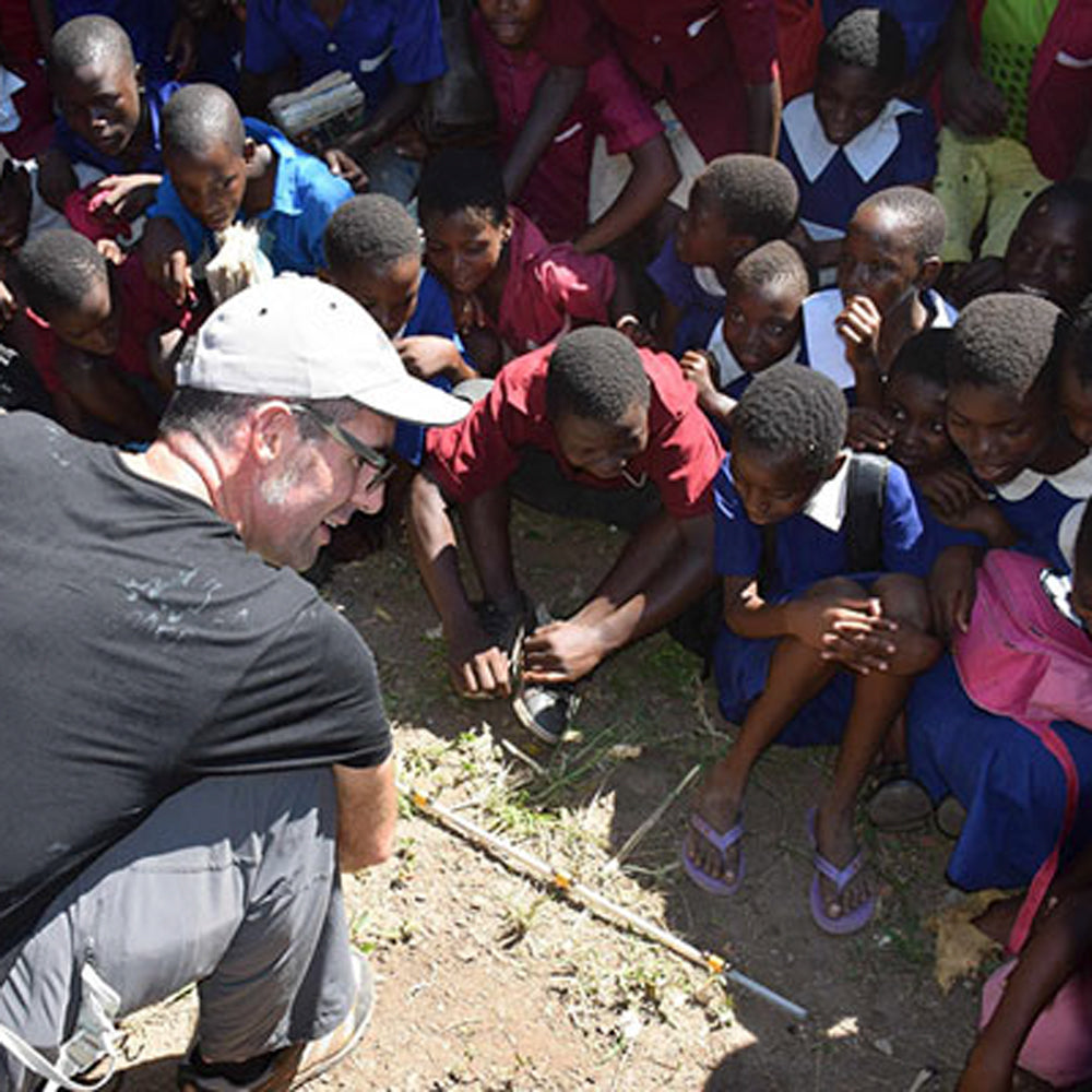 Magnets attract students in Africa to Science