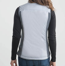 Load image into Gallery viewer, Women's Tech Vest