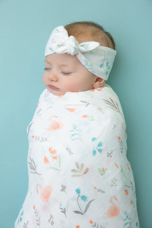 Angel Dear - Swaddle Blanket in Swan Floral - Muslin
