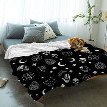 Load image into Gallery viewer, Goth Blanket