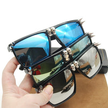 Load image into Gallery viewer, Skull Sunglasses