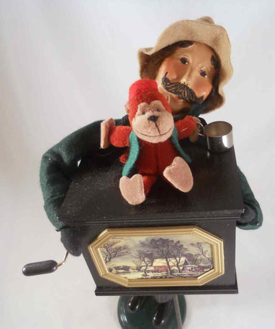 2001 Byers Choice Christmas Caroler Street Entertainer w/ Organ Grinder & Monkey