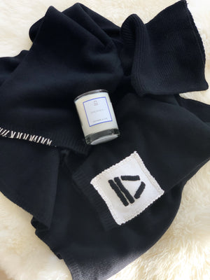 SPECIAL DEAL SETS x Midnight White knit x Dreamer Candle