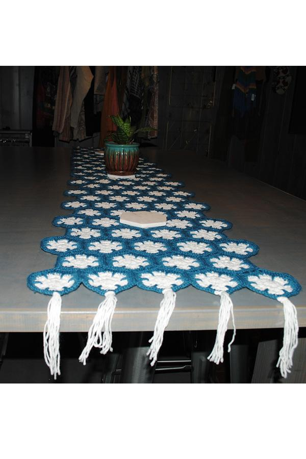 Knitted Table Runner