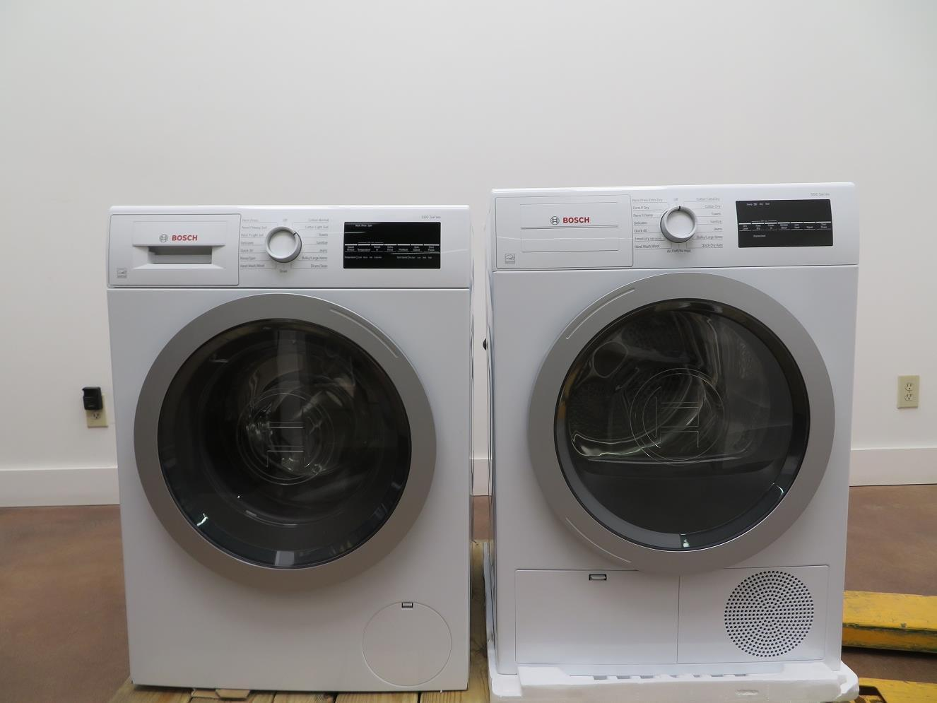 "Bosch 500 Series 24"" Front Load Washer and Dryer WAT28401UC / WTG86401UC - ALSurplus AL"