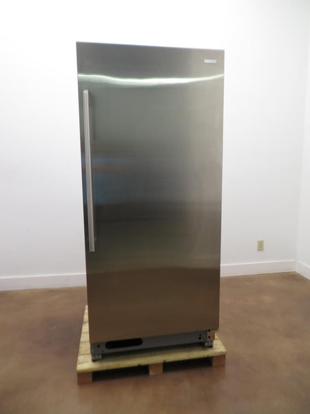 ELECTROLUX EI32AR80QS 32 Inch 18.6 cu. ft. Capacity Full Refrigerator Stainless