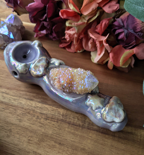 Angel Aura Spirit Quartz Purple Deluxe Pipe Snow Flakes and Cloud Details, Glow in the Dark Porcelain Pipe