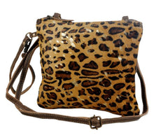 Load image into Gallery viewer, Myra Freckled Leather Bag