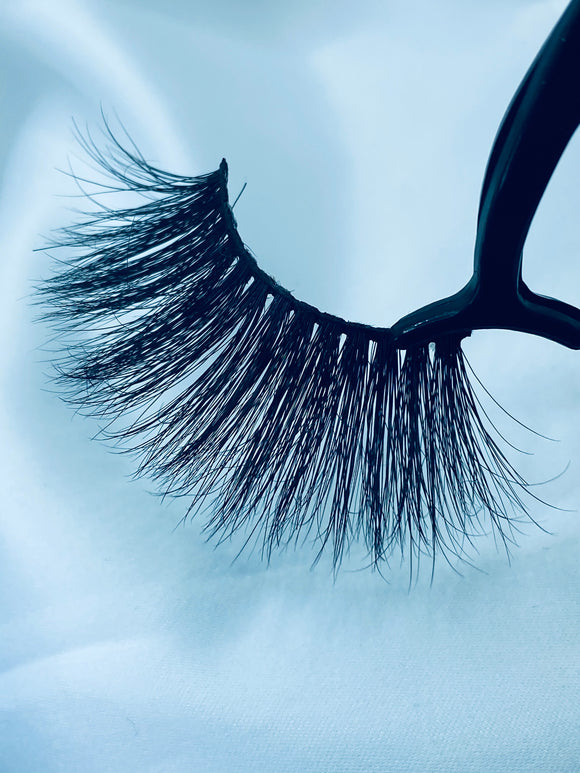 Mink Lashes 25mm Length