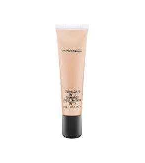 Mac Studio Sculpt Foundation Spf15 Nc37