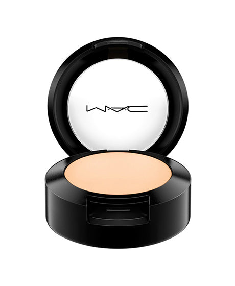 MAC STUDIO FINISH CONCEALER SPF35 NC20