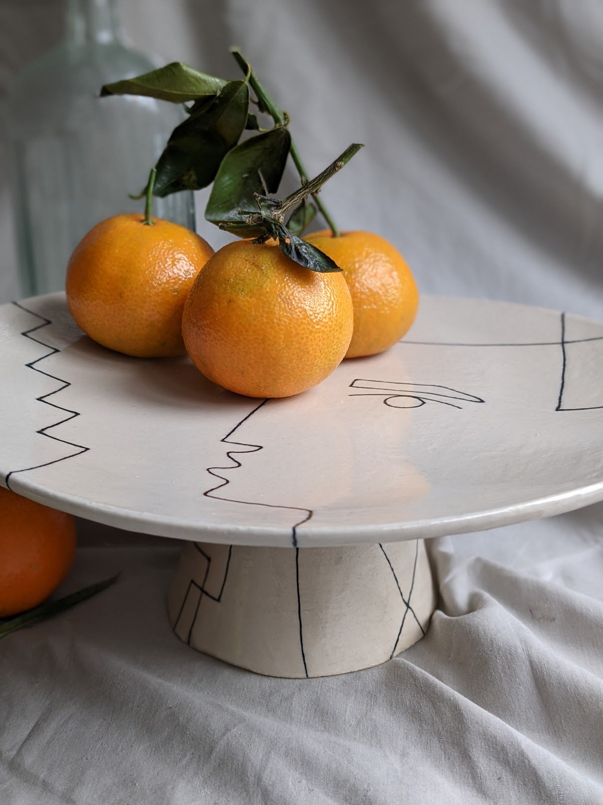 Jacqueline - Large display dish