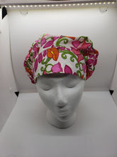 Load image into Gallery viewer, Floral Print Scrub Caps