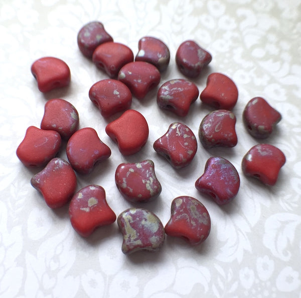 Red Matt Rembrandt Ginko Duo Beads by Matubo pack of 35 beads