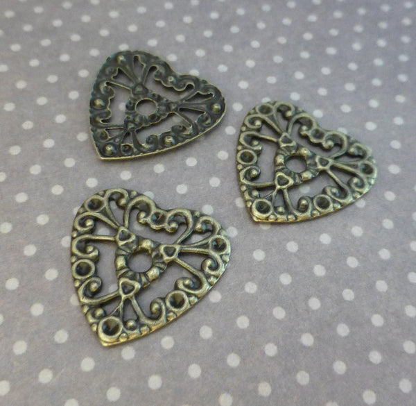 Pack of 20 - Mini Antique Bronze Heart Filigree