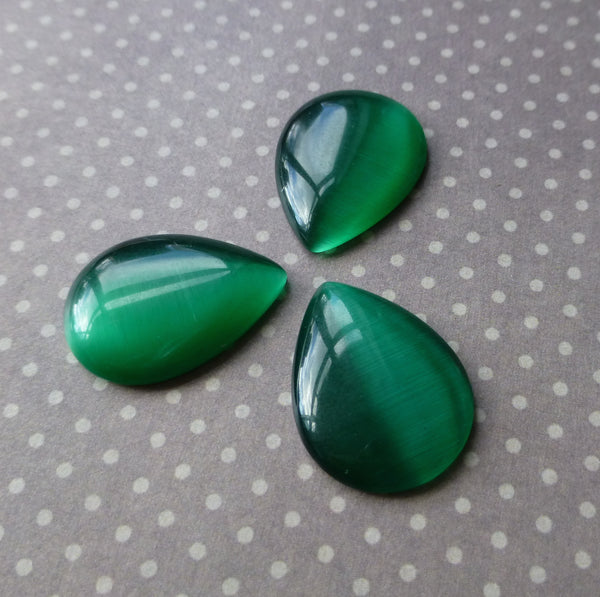 Cats Eye Cabochon Dark Green Pack of 10