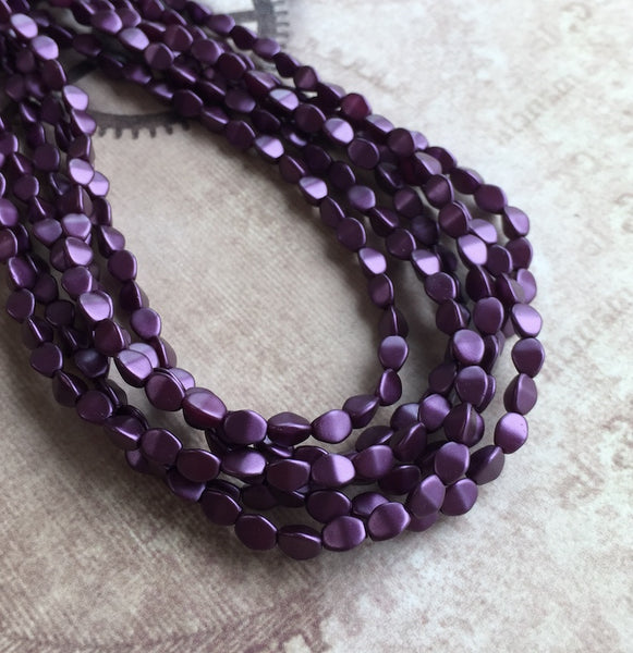 Pastel Bordeaux 5mm Pinch Beads Strand of 50 Beads