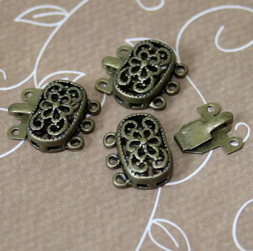 Pack of 4 - Brass Box Filigree Clasps