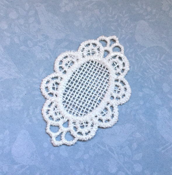 Lace Patch Cameo Applique Pack of 2