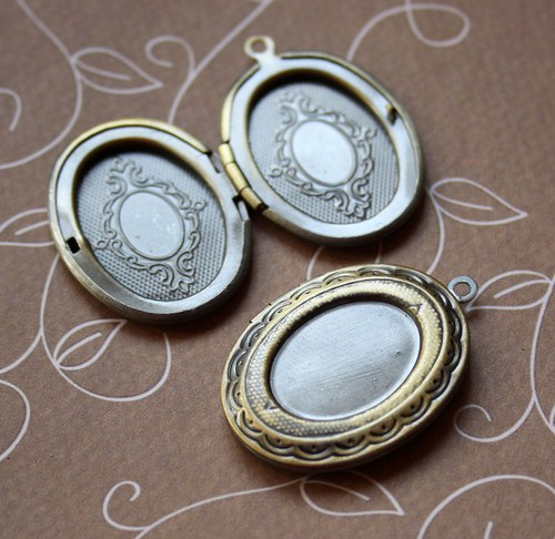 Pack of 2 - Brass Locket Pendant with Base