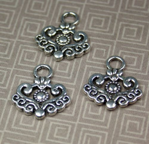 Pack of 10 - Antique Silver Charm