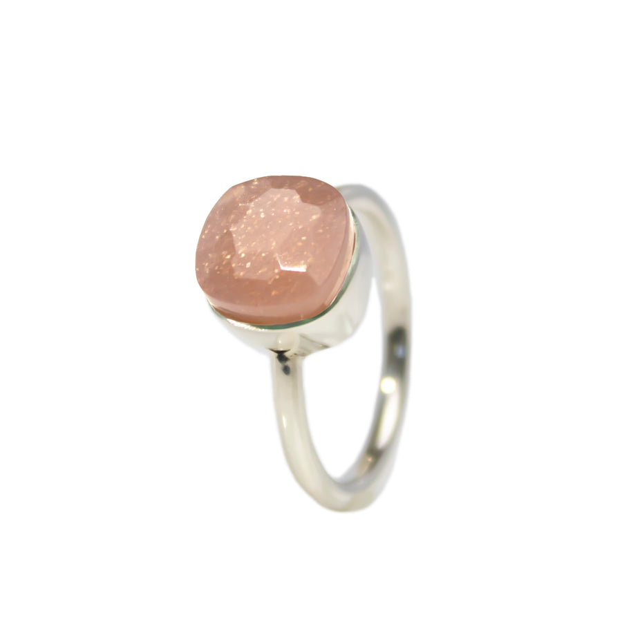 Sucrée Ring | Natural Peach Moonstone | Small Model