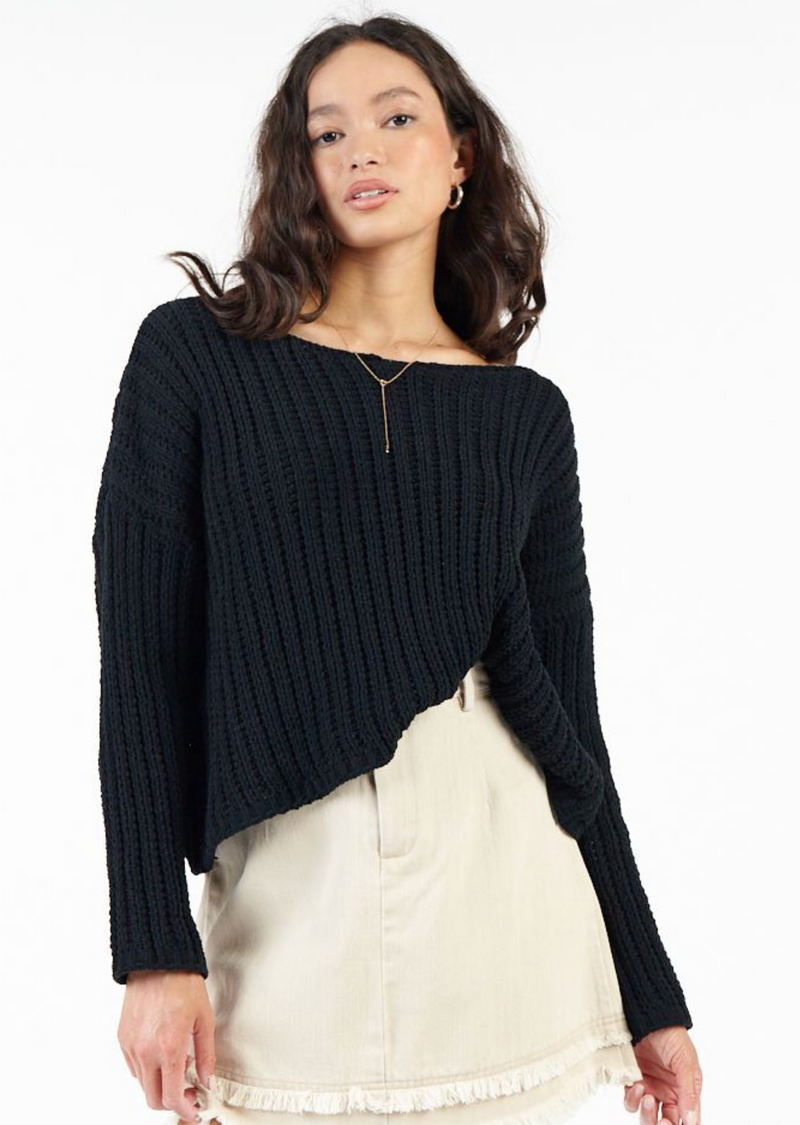 buzz pullover sweater in black