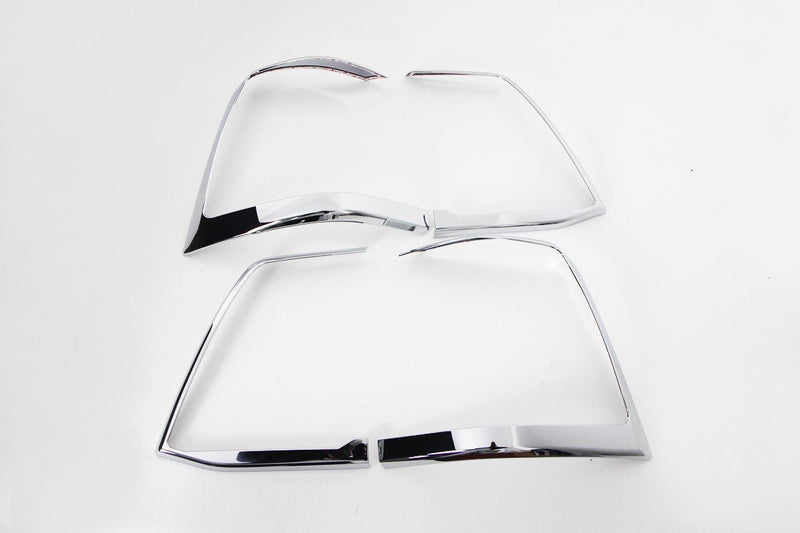 Auto Clover Chrome Tail Light Trim Set for Toyota Land Cruiser 200 V8 2008+