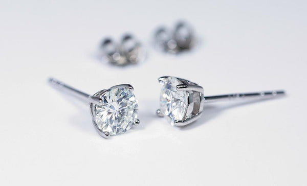 Moissanite Earrings (1 Carat Total Weight)