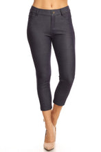 Load image into Gallery viewer, Yelete Women's Classic Solid Capri Jeggings