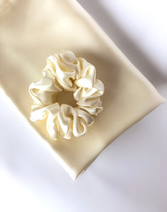 Soft Cream - Beauty Silk Pillowcase and Hair Scrunchie