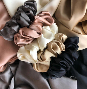Beauty Silk Scrunchie