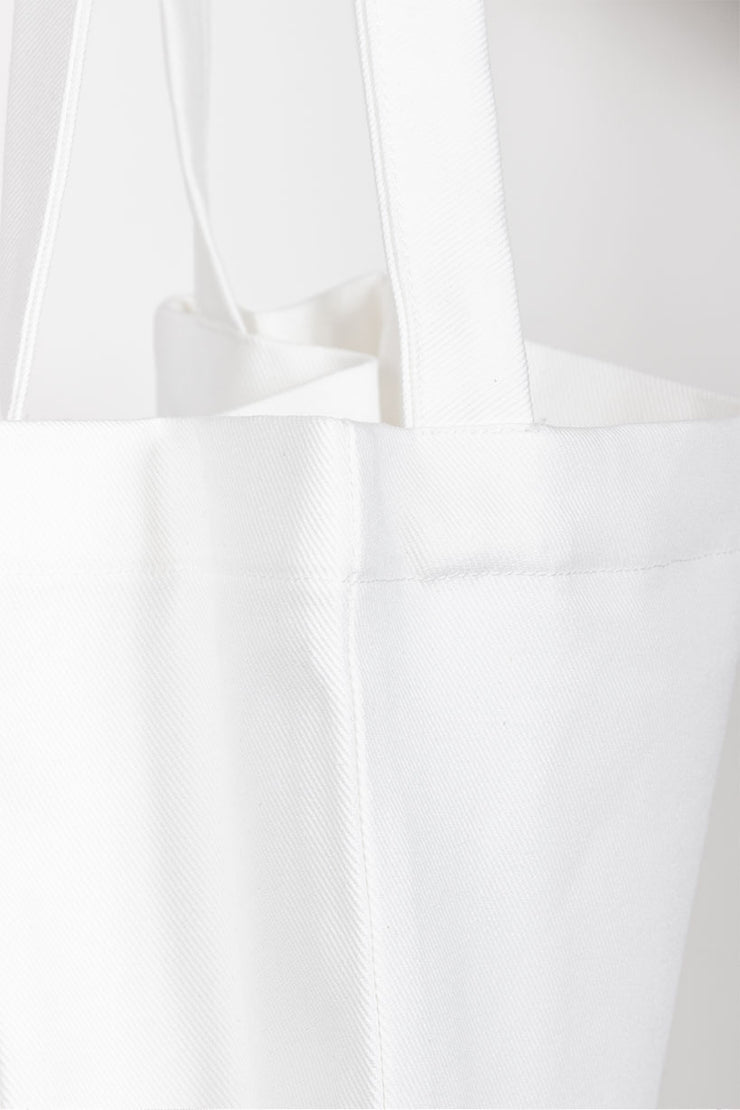 kaomoji-tote-bag-detail-white-1