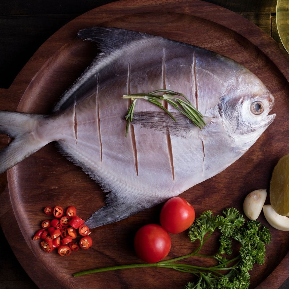 Load image into Gallery viewer, White Pomfret 500g
