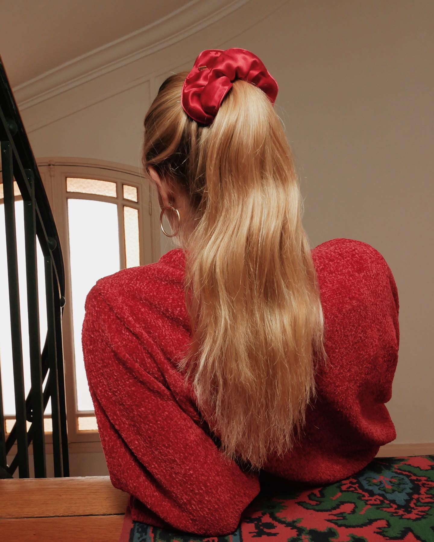 High Ponytail Scrunchies Hairstyle