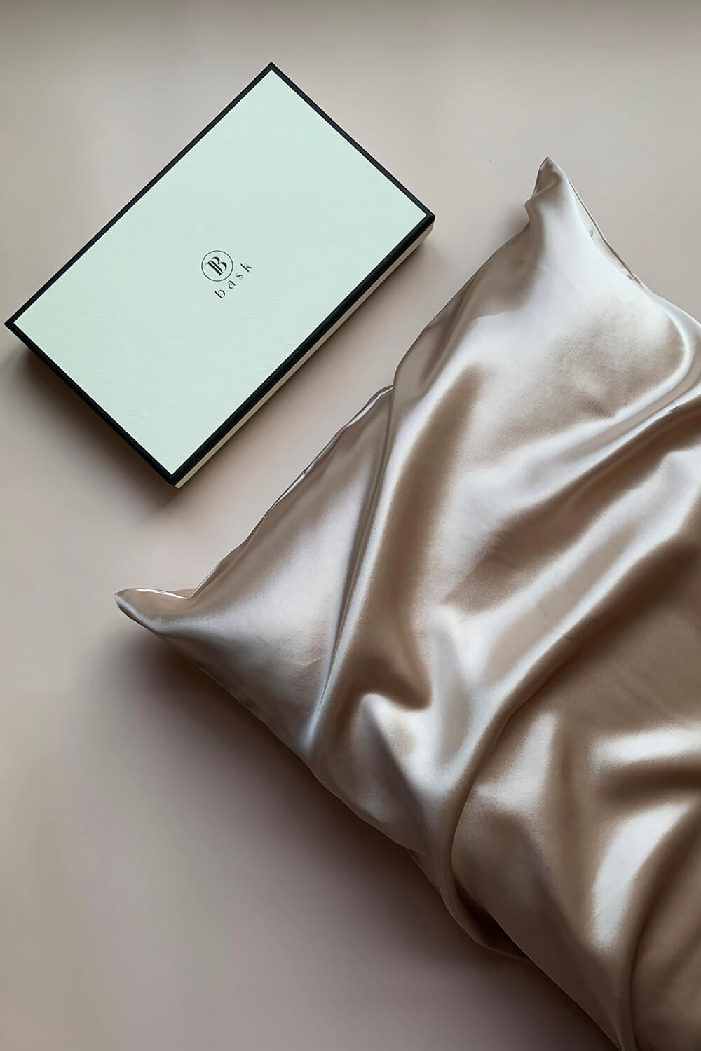 BEAUTY SLEEP Silk Pillowcase - Champagne - BASK™